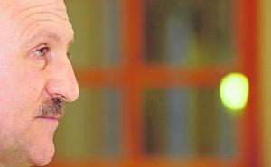 Manuel Villoria: «Exhumar a Franco ahora me parece un juego electoral que no veo legítimo»