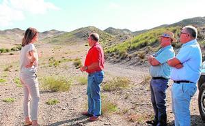 La alcaldesa de Águilas exige la planta de compostaje para acabar con las quemas agrícolas