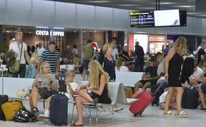 El aeropuerto de Corvera pierde casi 19.000 pasajeros en septiembre