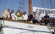 La ministra inspecciona el Mar Menor sin concretar medidas para salvarlo