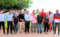 Patronal y sindicatos refrendan el longevo convenio del sector
