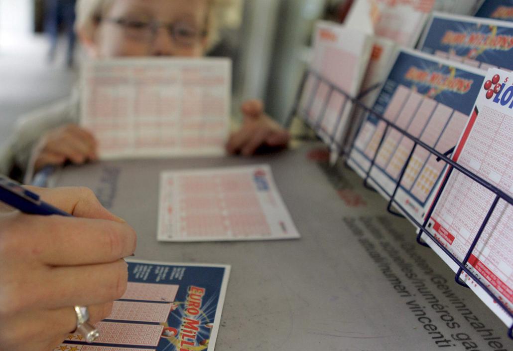 Una administración de lotería de Molina da el premio especial de un millón en el sorteo de Euromillones