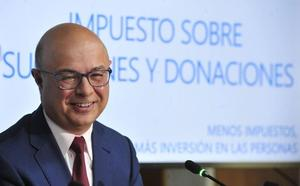 El exconsejero Carrillo asume la gerencia del hospital Morales Meseguer