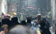 Al menos 43 muertos en un incendio en una fábrica de Nueva Delhi