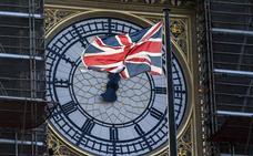 Luces, palabras, monedas y quizá campanas para el 'brexit'