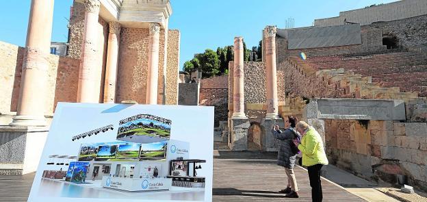 La presentación del 'stand' de Fitur de la Región de Murcia tuvo lugar en el Teatro Romano de Cartagena.
