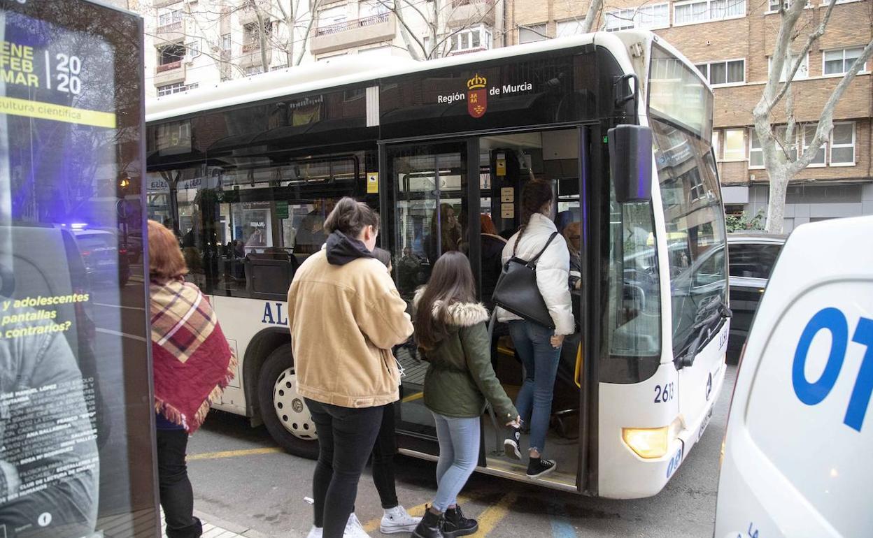 El Autobús Funcionará En Cartagena Al Ritmo De Un Fin De Semana La Verdad