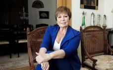 Celia Villalobos: «Los ajustes de cuentas solo quedan bien en los western»