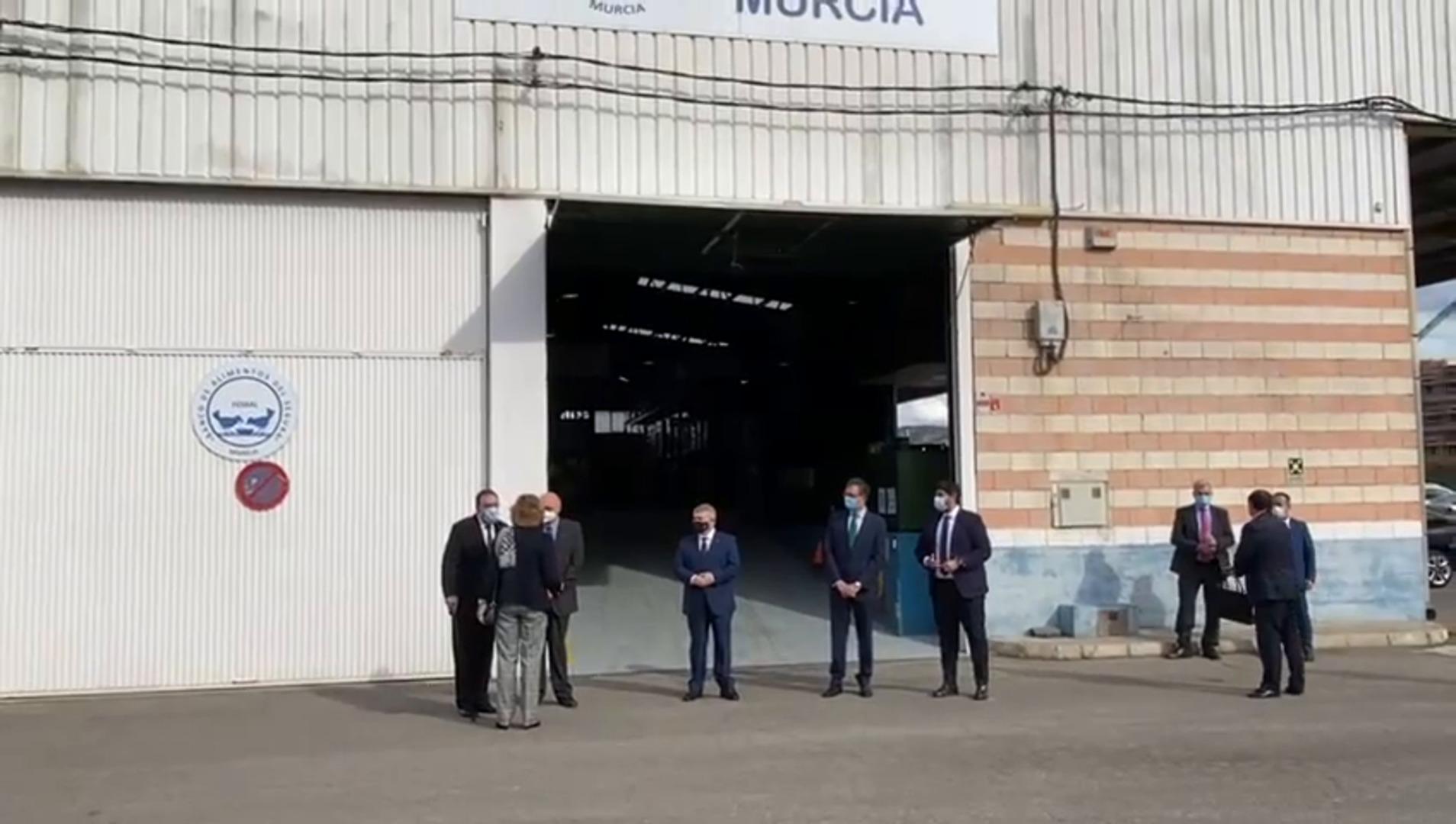 La reina Sofía visita el Banco de Alimentos del Sureste