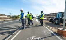 La red de carriles bici cruza la 'frontera sur' hasta las puertas de Patiño y El Progreso