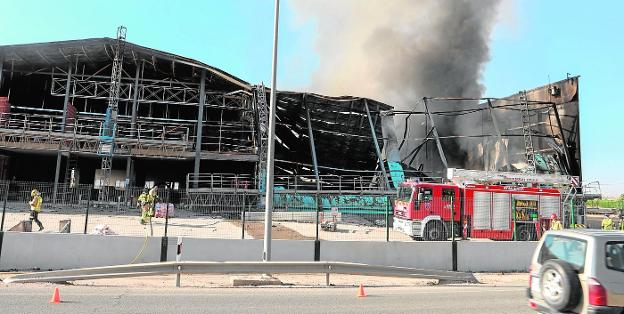 Industrial building destroyed by a fire in the Lorca de Tercia deputation, in July of last year.