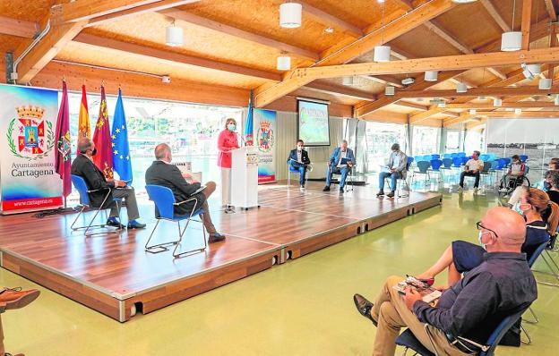 Acto de presentación de la candidatura de Cartagena como ciudad europea del deporte, en el antiguo CIM.