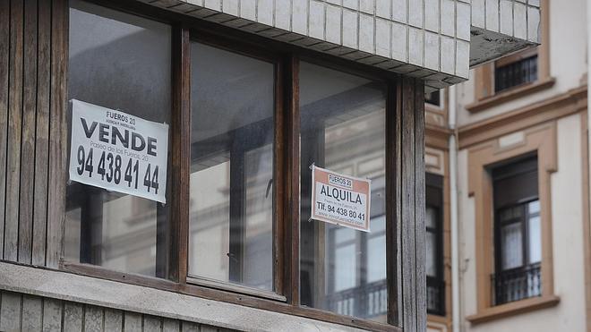 La compraventa de viviendas se dispara un 22,8% en marzo