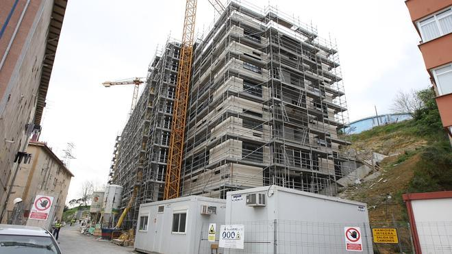 Las compraventas de pisos crecen un 14,4% hasta marzo y los precios repuntan un 0,8%