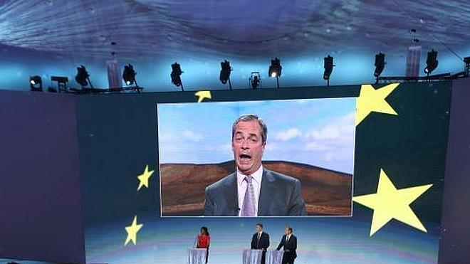 Los euroescépticos británicos cantan victoria