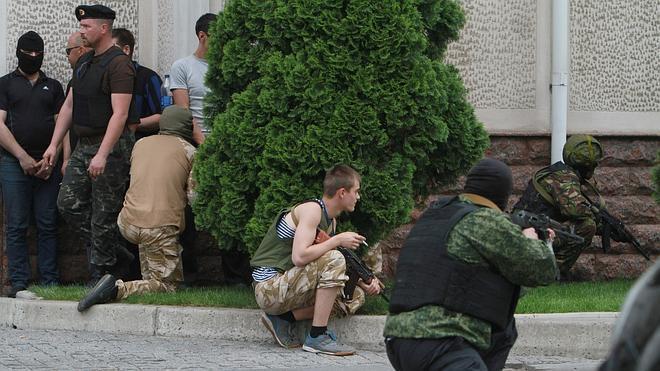 Decenas de muertos en los combates por el control de Donetsk
