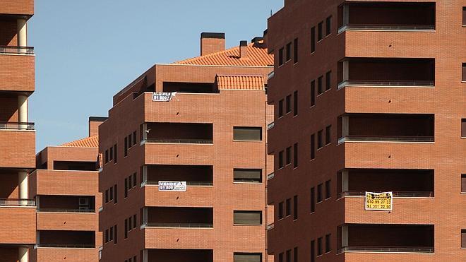 El precio de la vivienda libre moderó su caída en el primer trimestre