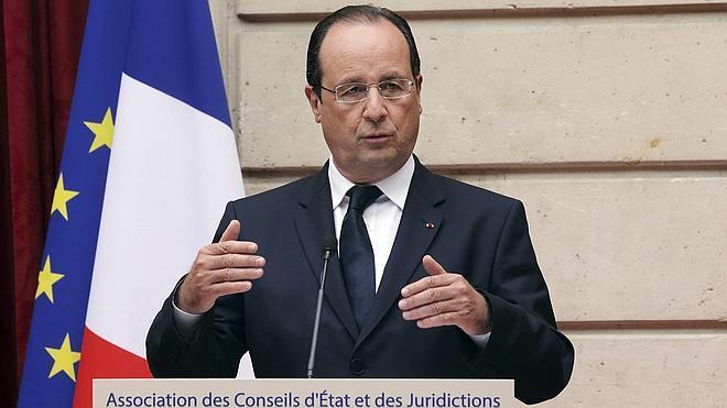 Hollande condena el linchamiento de un adolescente gitano