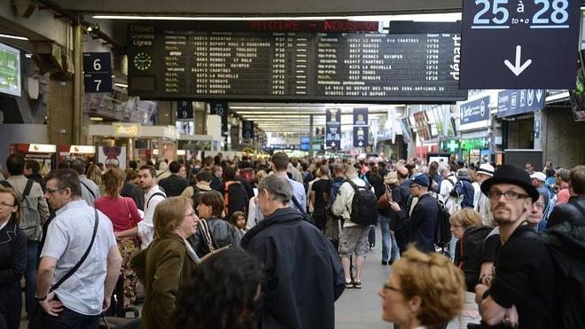 Los sindicatos relajan el paro de los trenes en Francia