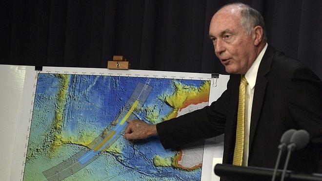 Australia cree que el avión desaparecido volaba con piloto automático