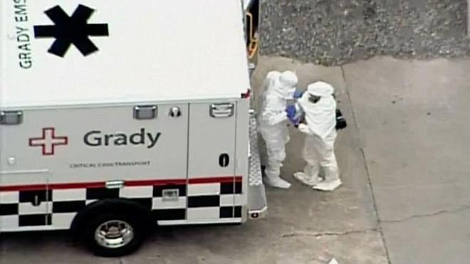 Ingresado en Atlanta uno de los dos estadounidenses infectados por ébola