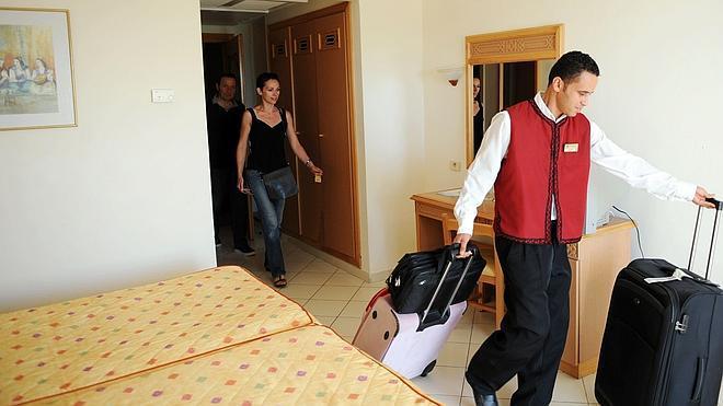 El empleo turístico crece un 5,8% el segundo trimestre y reduce su tasa de paro al 15,3%