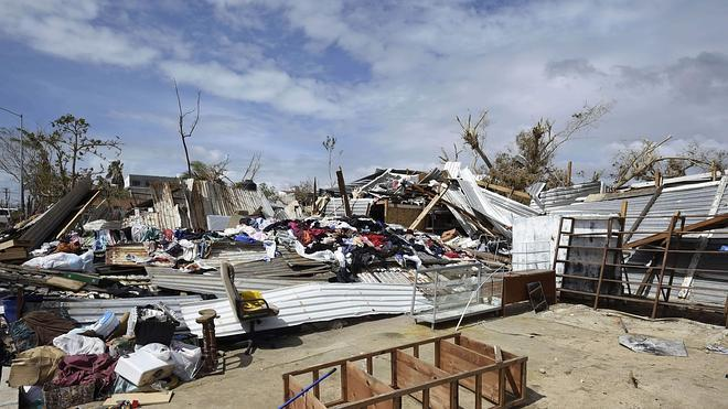 Al menos 23.000 turistas han sido rescatados tras el paso del huracán 'Odile'