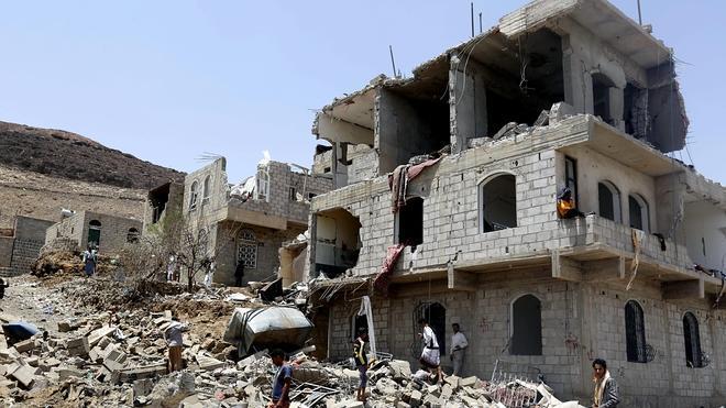 La coalición árabe intensifica sus bombardeos en Yemen
