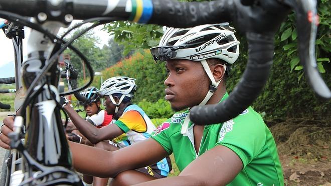 Ruanda apuesta por convertirse en una potencia del ciclismo