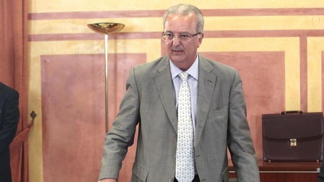 El Gobierno andaluz pide cárcel por vez primera para un exconsejero por el caso ERE