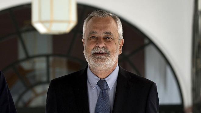 Griñán pide al juez de los ERE que amplíe el plazo para presentar su escrito de defensa