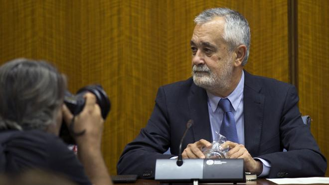 El juez rechaza conceder a Griñán 45 días para presentar su escrito de defensa
