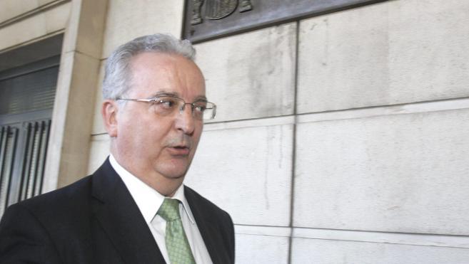 Abren juicio oral a siete ex altos cargos de la Junta por dos ayudas de los ERE