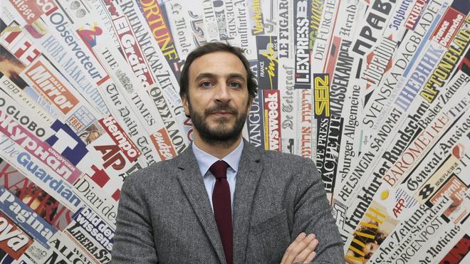 El periodista imputado por Vatileaks 2 acusa al Papa de hacer poco contra la pederastia