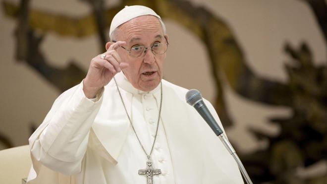 El Papa, a los jóvenes: «La Iglesia no es un 'flashmob'»