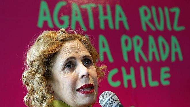 Agatha Ruiz de la Prada reivindica la forma en una exposición en Chile