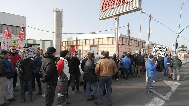 Ocho empleados de Coca-Cola Alicante trabajan ya en Valencia