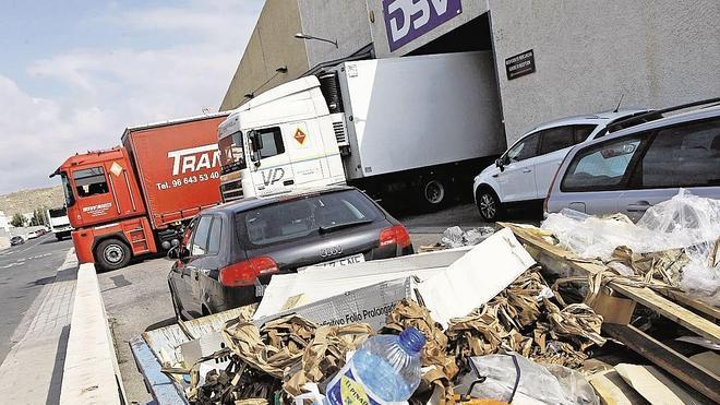 El Ayuntamiento multa a 40 fábricas por vertidos ilegales de residuos