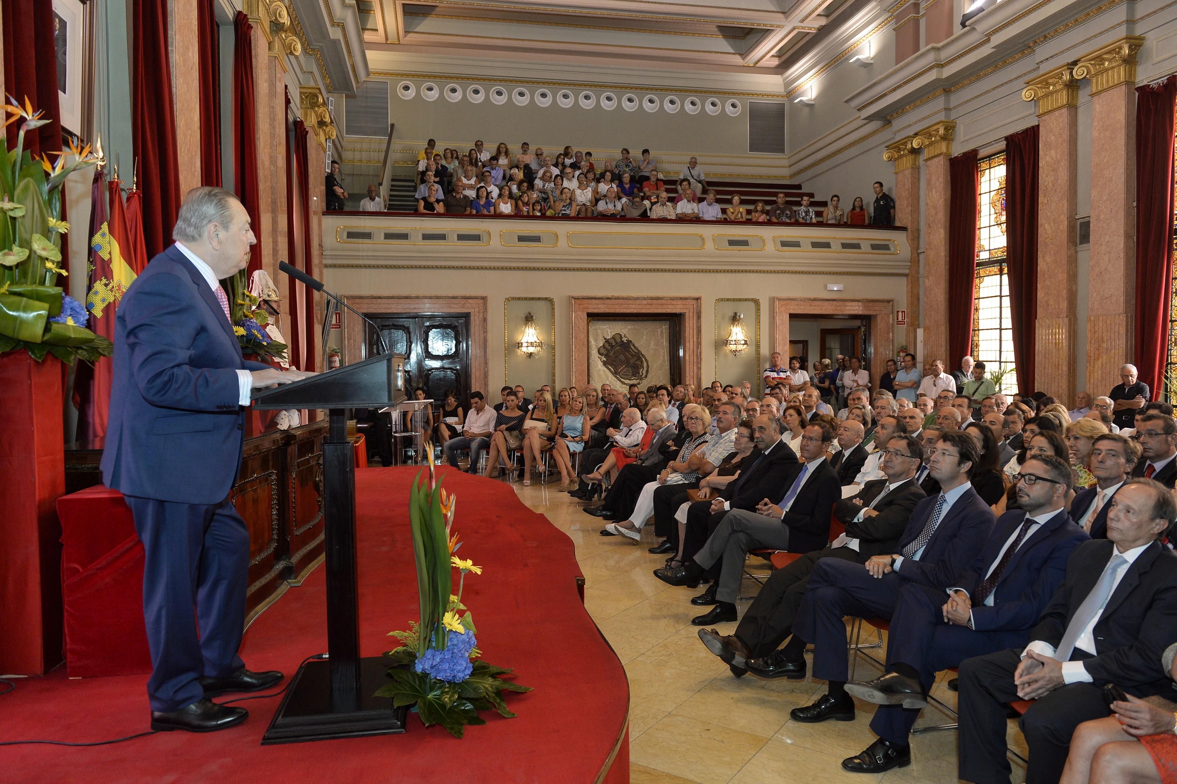 González Barnés: «Murcia, pueblo ardiente de huertanos»