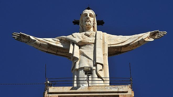 El TSJ de Madrid también rechaza la petición para retirar el Cristo de Monteagudo