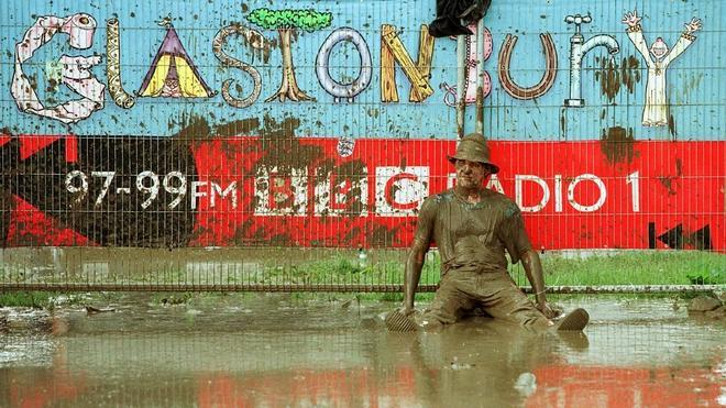 La lluvia arruina la jornada del jueves del Arenal Sound Festival