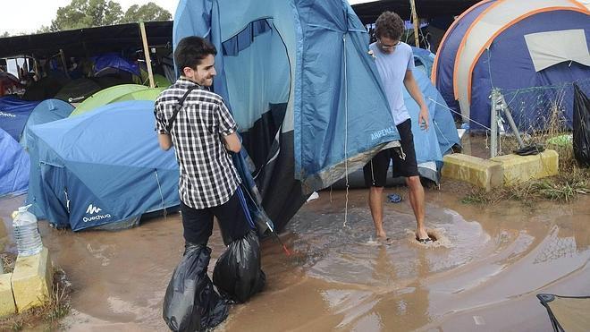 Suspenden los conciertos de anoche del Arenal por la lluvia
