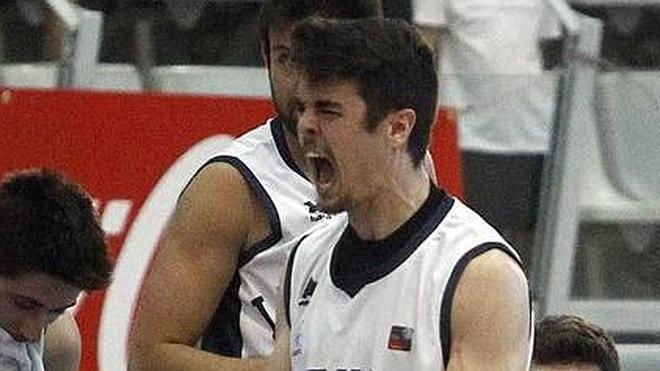 Chuso González, primer jugador de la Fundación Lucentum 2015-16