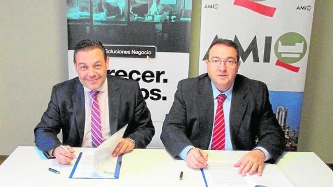 Cajamar impulsa la industria química de la Región de Murcia