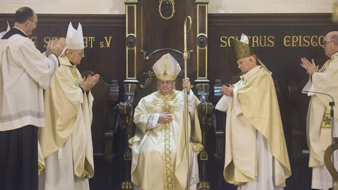 El ilicitano Francisco Conesa toma posesión como obispo de Menorca