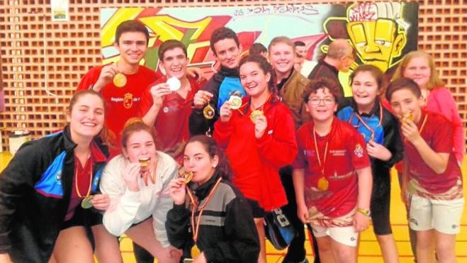 El Bádminton Cartagena lidera el torneo Regional